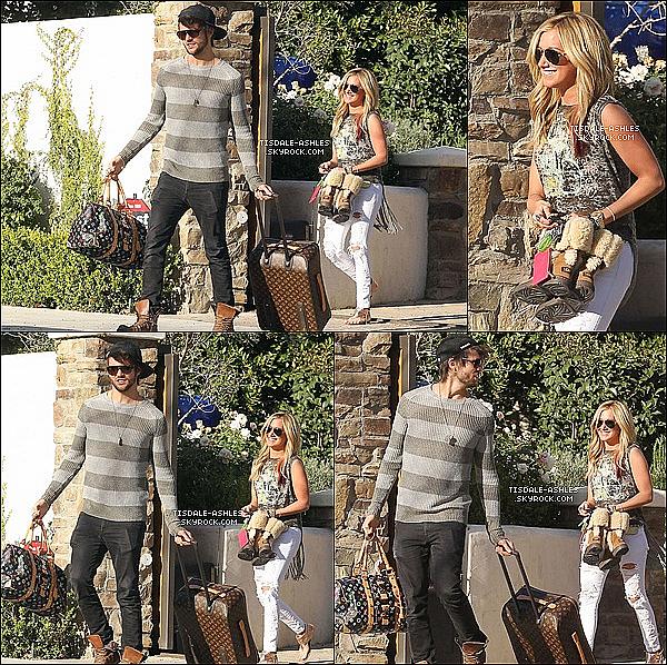 .  14/02/12 - Ashley Tisdale & son copain Martin ont été vues sortant de sa maison à Toluca Lake.  Ash nous fait un magnifique top! J'aime beaucoup sa tenue, elle lui va très bien. J'espère qu'elle a passer un très bon St Valentin avec Martin.  .