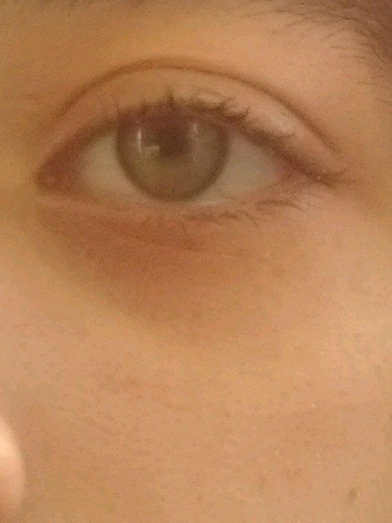 Mes yeux pour ce qui demande la couleur