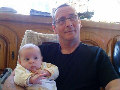 mon pere et Emma ma nièce