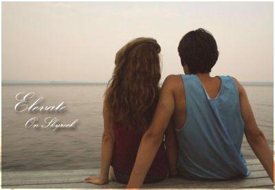 A trop s'aimer on s'est perdu. A trop s'en vouloir on s'est fait mal.