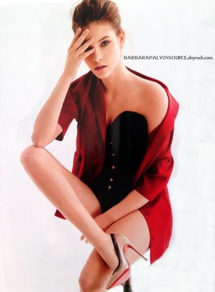 Barbara en couverture du magazine L'Officiel mais cette fois Hongrois