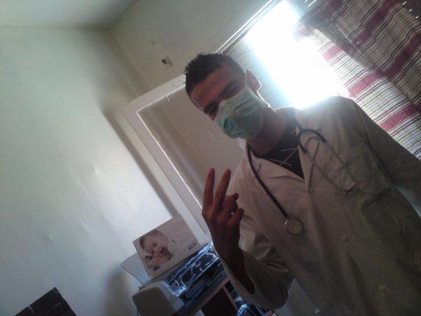 moi en mode medcine lol _____ yadra tji 3lih ?!