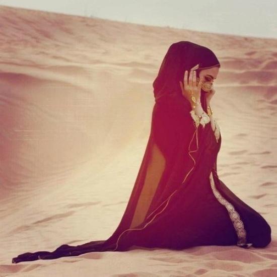 J'ai l'Islam comme religion , la Mecque comme direction , la Prière comme mission , Inch'Allah le paradis comme destination . <3