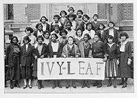 """Une «Feuille de Lierre Pledge Club"""" situé à l'Université Wilberforce en 1922"""