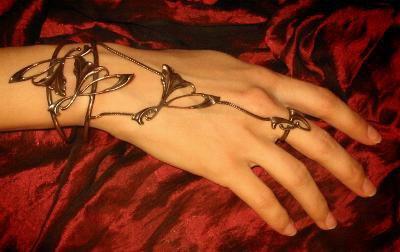 mon bracelet main