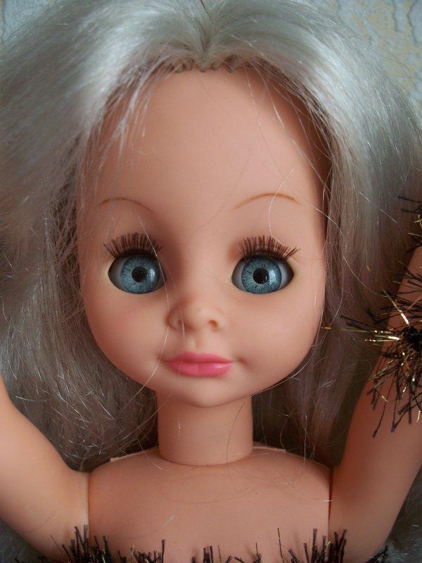 Petit coucou de la Ratti Mattel parlante :)