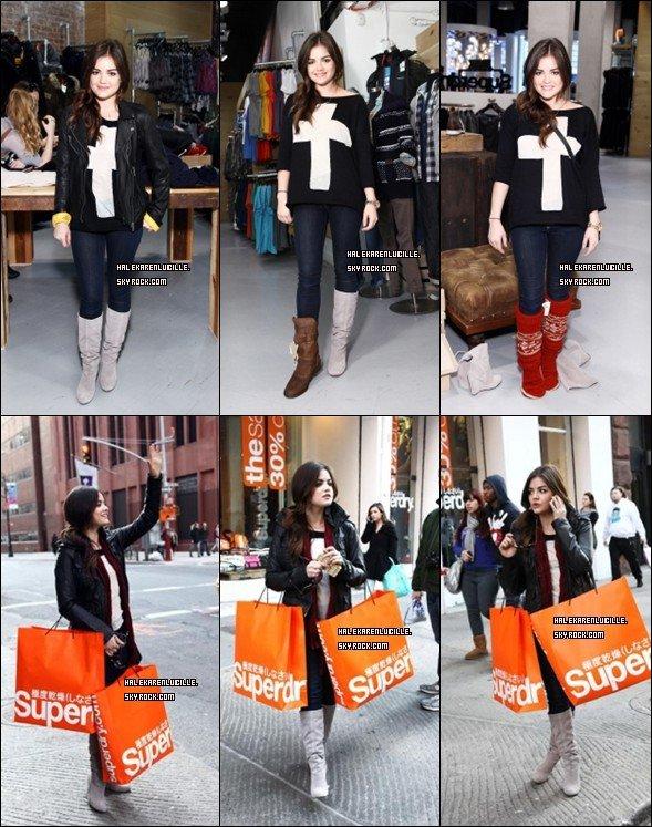.  Lucy fesais du shopping dans NY , a superdry .