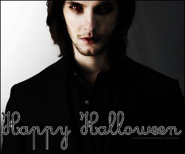 .  BenThomasBarnesADDICT vous souhaite de passer un bon halloween ! Faite bien attention sur tout ! :) Haha .