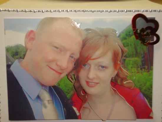 retrouvé dans mes photos, fait pour un couple d'amis,a l'occasion de leur mariage,:)