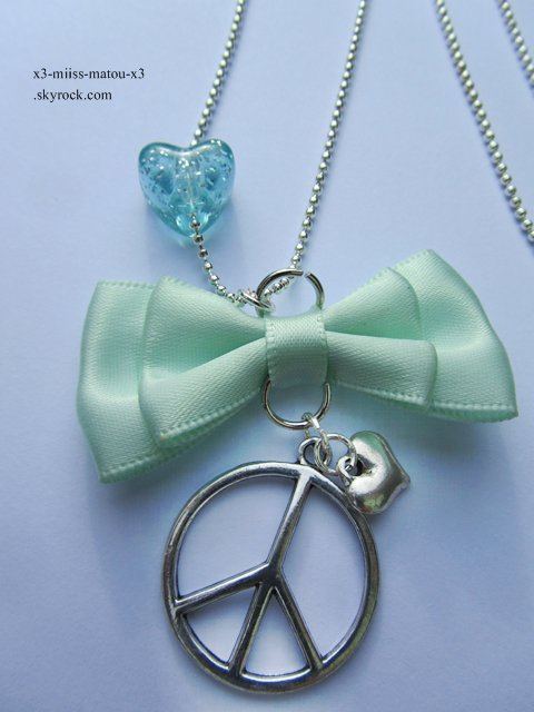 Collier ''peace and love''