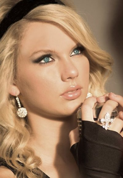 biographie de taylor swift!