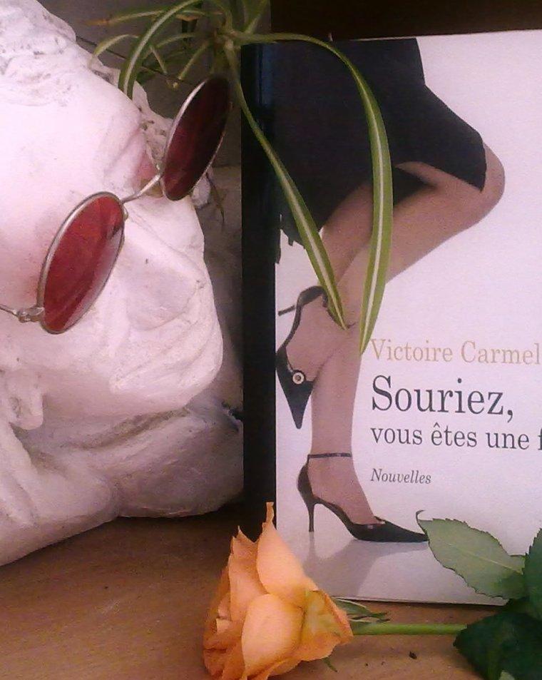 Les écrits sur ce blog sont de Victoire Carmel ( moi la barbouilles elle les mots )