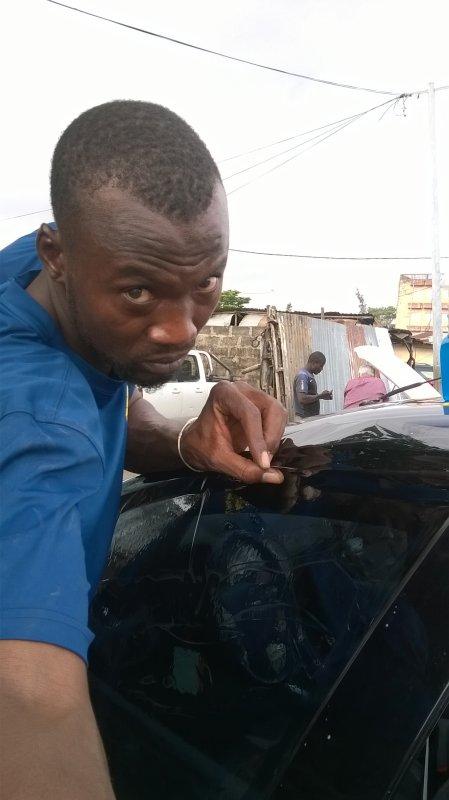 Ça c'est le travaillé de 05/07/2017 a sacre c½u cotonou.C'EST une véhicule fod mondeo.