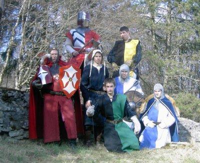 les membres (combattants) de la troupe Gentes Dames et Chevaliers