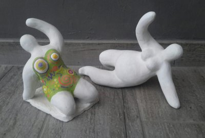 "figurine d'inspiration: ""Niki de Saint Phalle""  **"