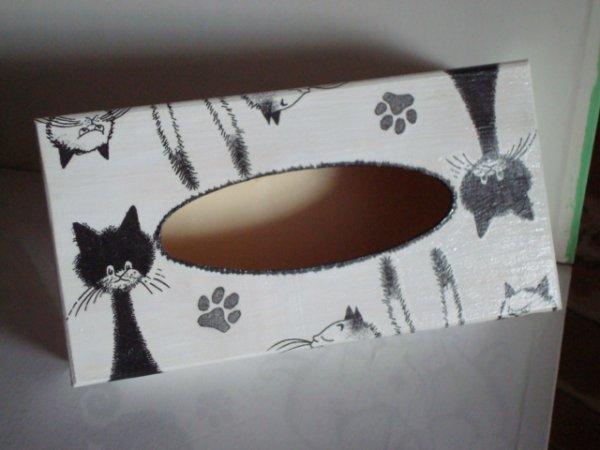 boite a mouchoirs chats