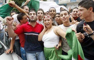 Résultats de recherche d'images pour «hassiba amrouche équipe nationale»