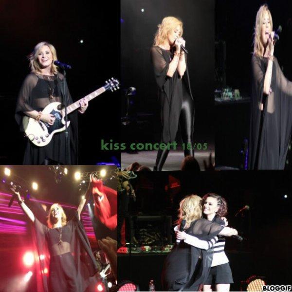 Demi Lovato: Kiss concert 18/05