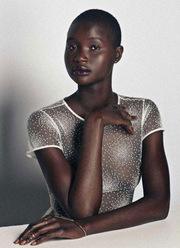 L'africaine http://www.allanalpass.com/VYLi