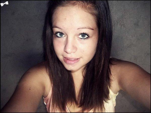 « J'ɑi lɑ couleur de tes sourires dɑns mes yeux... »