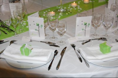 Decoration de table vert anis