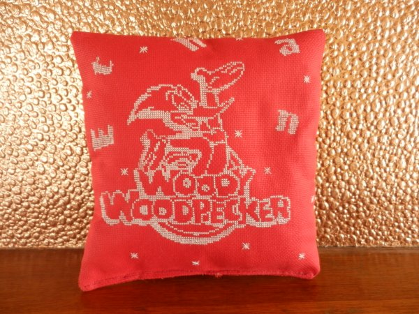 coussin woody woodpecker