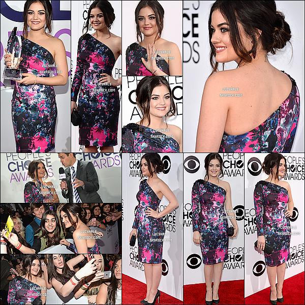 08/01/2014 : La petite Lucy, rayonnante,  était à la cérémonie des People's Choice Awards à Los Angeles. Lors de la soirée, Lu' a reçue l'award Best Cable TV Actress et a introduit la perfo' de One Republic avec Joseph Morgan.
