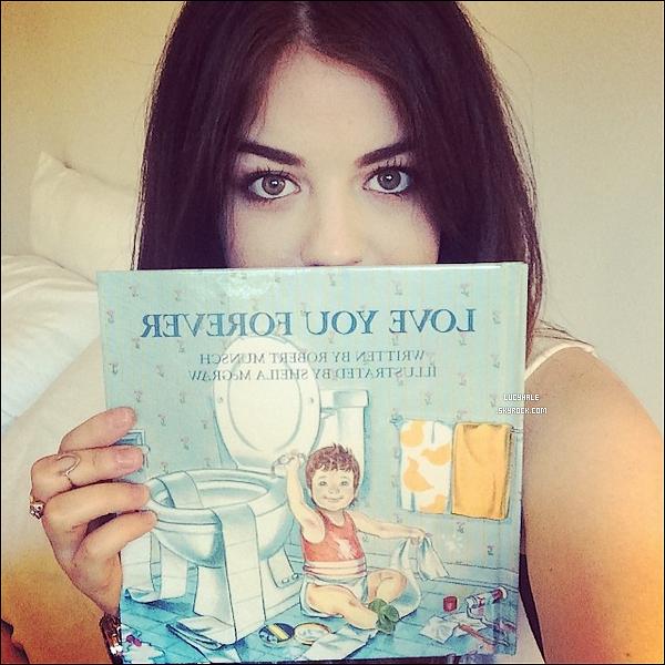 Photo Instagram postée il y a peu par notre magnifique actrice Lucy. A part ceci, il ya très peu de news concernant notre petite menteuse préférée. A quand un event ou un candid ? Sort Lu' !