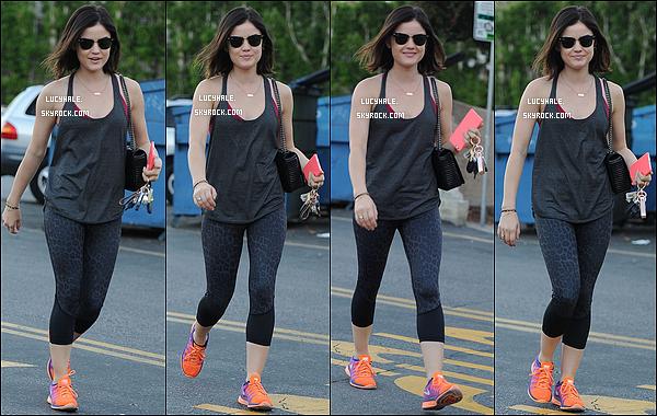 13/02/2015 : Notre petite menteuse a été repérée se rendant à un nouveau cours de gym, dans Los Angeles.  Lucy continue ses séances de sport qui semblent lui faire du bien. Tenue typique pour ce genre d'activités donc sans avis.