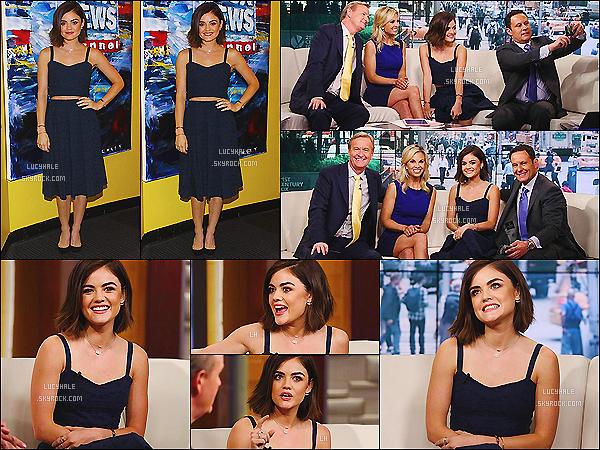 11/05/15 : Lulu H. était invitée sur le plateau de l'émission Fox and Friends pour parler de PLL. (NYC)  L'actrice est à NY depuis peu. La tenue est un grand classique chez elle : top court et jupe taille haute. Ce look lui va à merveille.