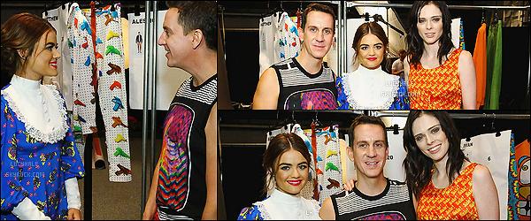 14/09/2015 : Wonderful Lucy H. a assisté au défilé de Jeremy Scott à la Fashion Week de New York.  L. porte une tenue assez spéciale, je n'aime pas du tout. On dirait La Petite Maison dans la Prairie. Make-up et coiffure par contre - c'est top !