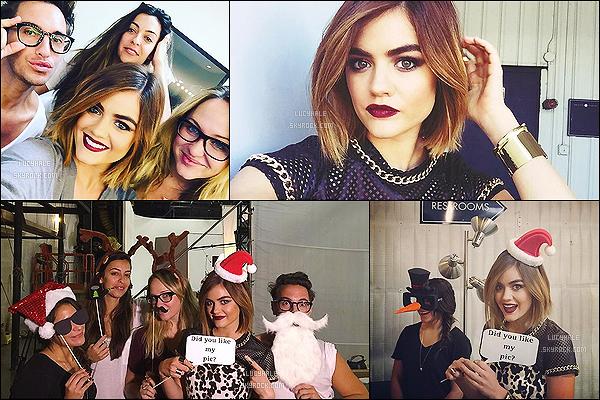 19/09/2015 : Lucy était sur le plateau d'un nouveau photoshoot qu'elle prépare pour Mark. (Los Angeles)  On peut voir qu'elle s'amuse bien dans les coulisses avec sa fidèle bande d'amis. C'est Noël avant l'heure ! J'adore son rouge à lèvres foncé.