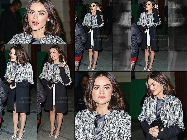 12/11/2015 : Miss Hale a été aperçue arrivant à la cérémonie devant le bâtiment Universal City, dans LA.  Notre brunette est tellement jolie, vraiment je n'ai pas de mots. Elle est trop chou sur les photos, j'adore ! De plus, elle nous fait un magnifique top.