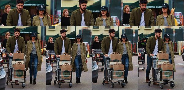 15/01/2017 : Miss Hale faisait quelques courses en compagnie de son petit-ami Anthony Kalabretta dans LA. Au niveau de la tenue, je la trouve trop stylée. J'aime beaucoup quand elle met ce genre de vêtements, ça lui va tellement bien ! C'est un beau top.