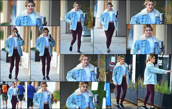 06/01/2019 : Lucy se rendait à la salle de sport quand elle a été aperçue par les paparazzis dans Los Angeles. Bon, se ne sont pas les Golden Globes mais au moins on a des nouvelles chaque jour de notre Lulu. J'ai la même veste avec la moumoute moins longue.