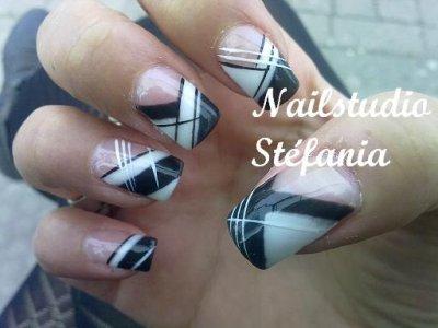 Julie, Black & White