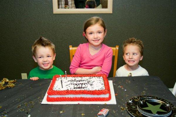 6th birthday oOf BrOoklyn's :)