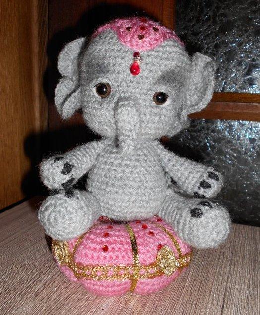 petit éléphant elfin