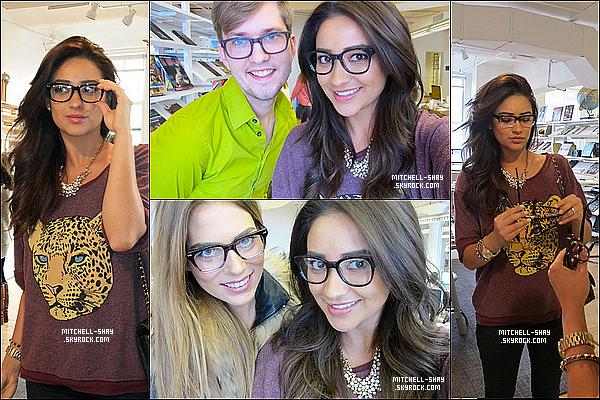 13/12/12 : Shay est allée essayé des lunettes chez Warby Parker.
