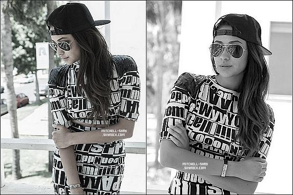 Six photos d'un photoshoot de Shay posté par elle meme sur son blog personnel