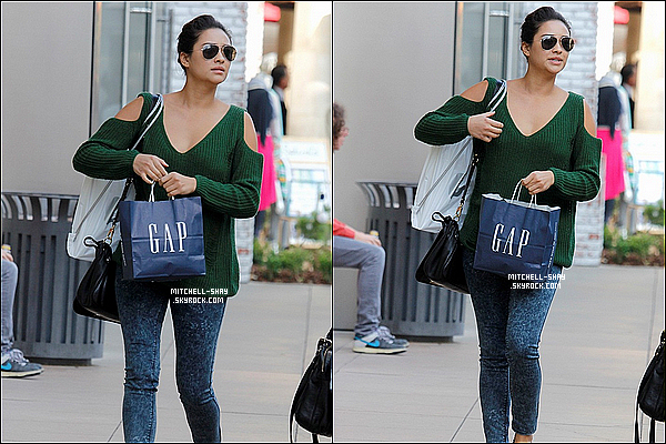 10/12/12 : Shay a été aperçu faisant du shopping a The Grove a Los Angeles .