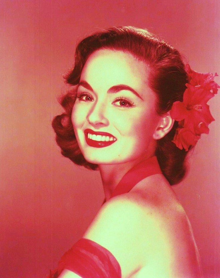 Ann BLYTH est une actrice américaine née le 16 août 1928 à Mount Kisco, New York (États-Unis).