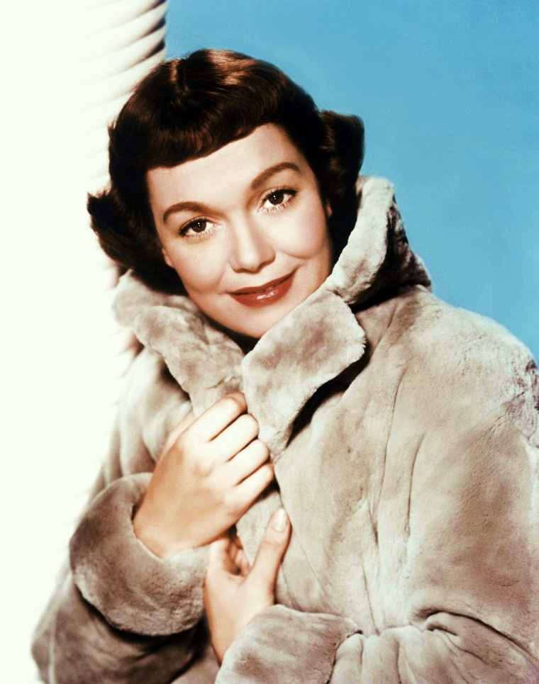 Jane WYMAN, de son vrai nom, Sarah Jane MAYFIELD, née le 5 janvier 1917 à Saint Joseph dans le Missouri et morte le 10 septembre 2007 à Palm Springs, est une actrice et réalisatrice américaine.