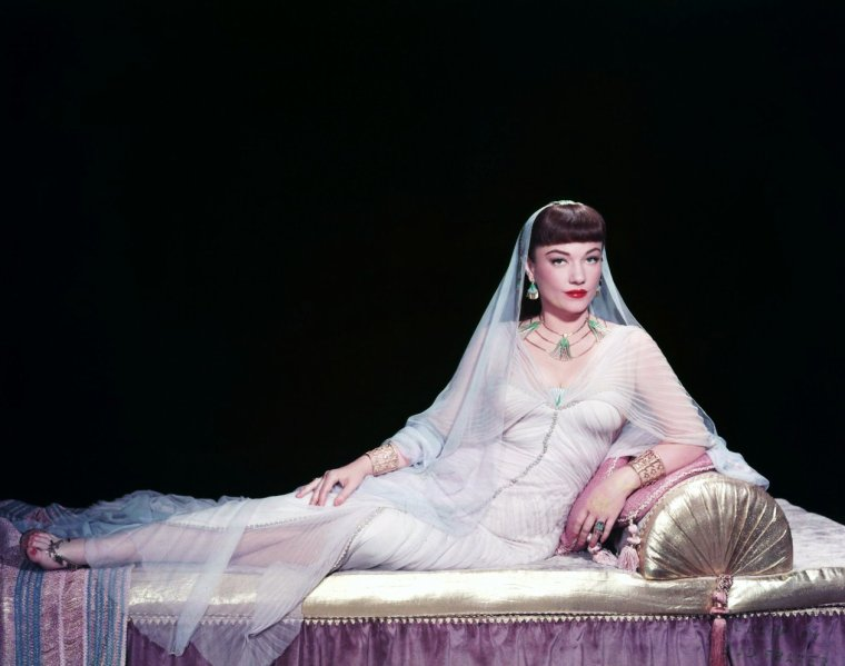 Anne BAXTER pictures (part 2).