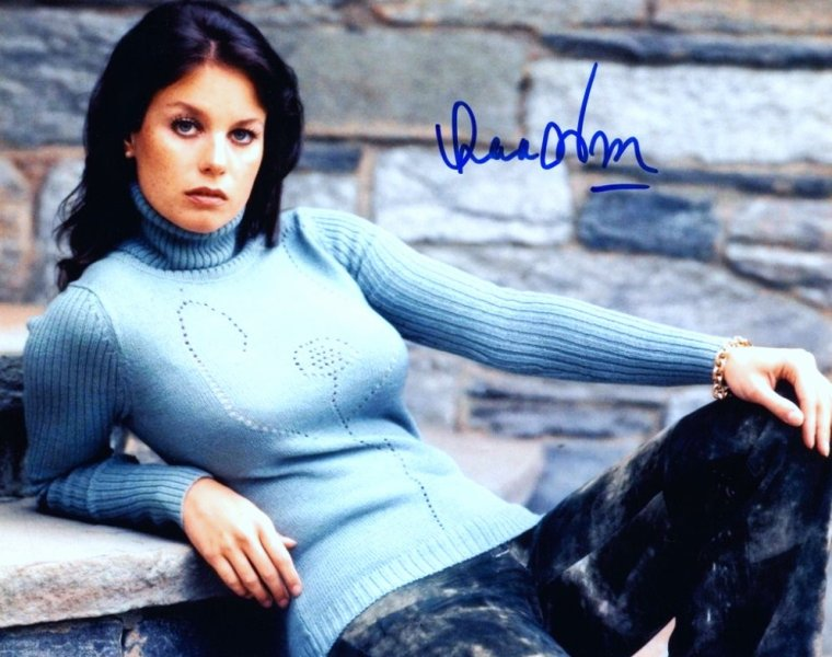 Lana WOOD (née Svetlana NIKOLAEVNA ZAKHARENKO, le 1er mars 1946 à Santa Monica (États-Unis)) est une actrice américaine. Elle est la jeune s½ur de Natalie WOOD.