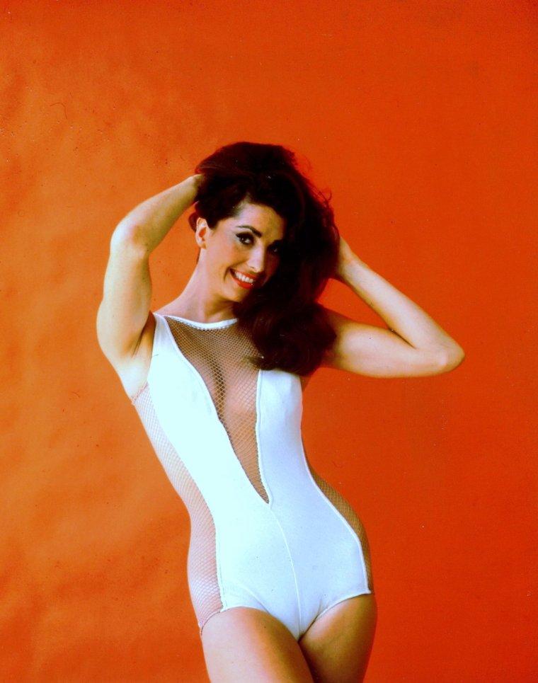 Edwina BETH dite Edy WILLIAMS est une actrice américaine née le 9 Juillet 1942.