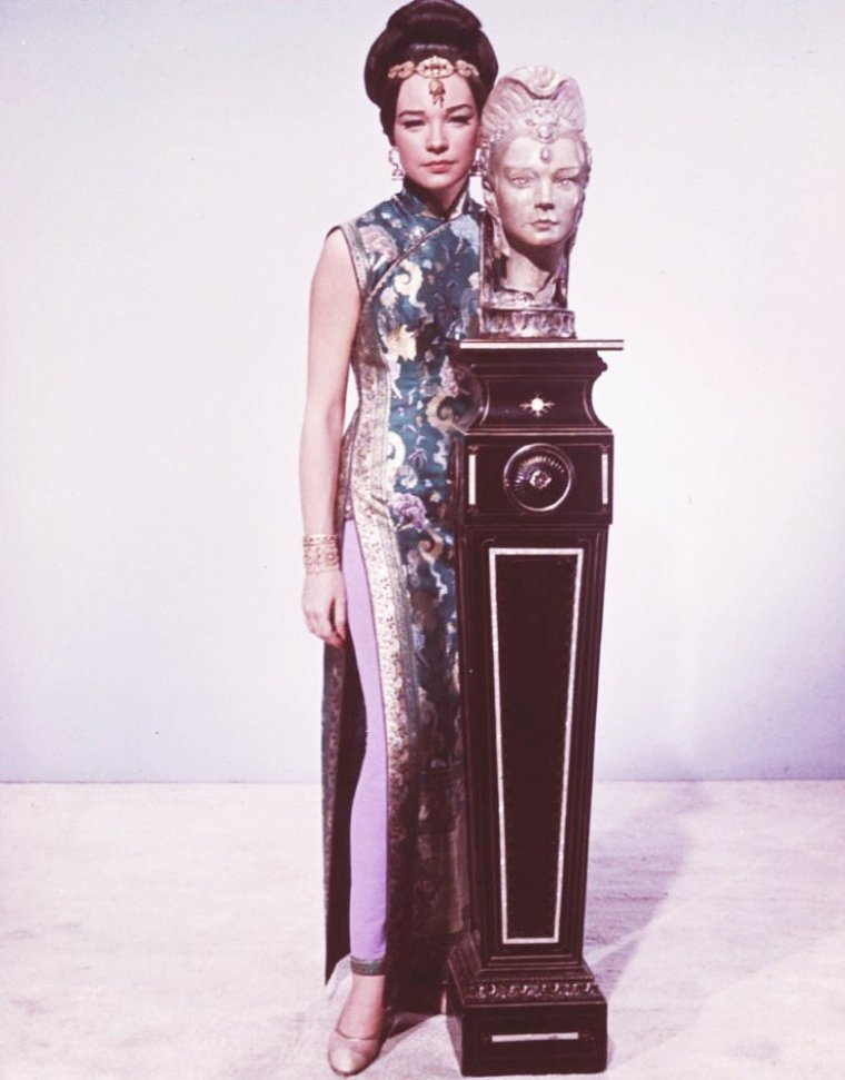 Shirley MacLAINE pictures (part 2).