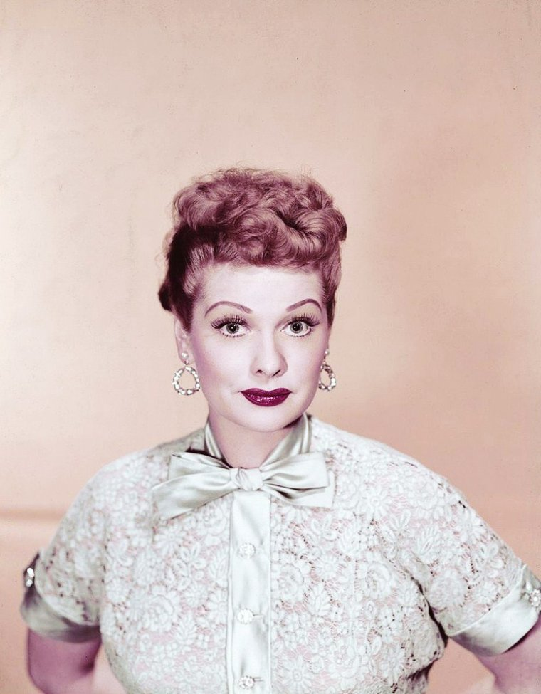 I LOVE LUCY... (Lucille BALL)