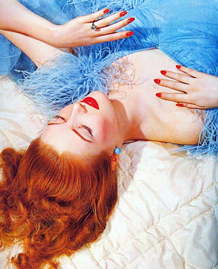 Suzy PARKER, l'élégance et la beauté, égérie, amie et confidente de Coco CHANEL...