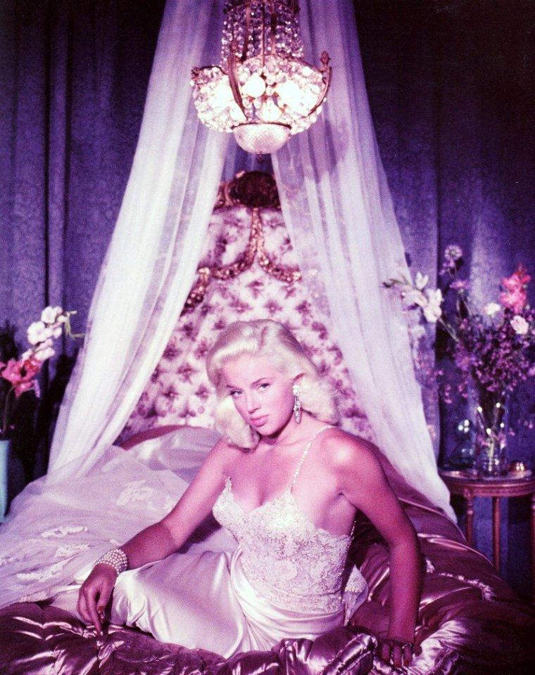 """BONUS photos Diana DORS surnommée """"La Marilyn anglaise""""..."""
